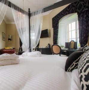 Master Bedroom/Junior Suite