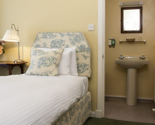 Scottish Highlands Boutique Hotel, small ingle room.