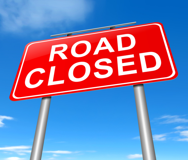 Road closure sign on Coul New page