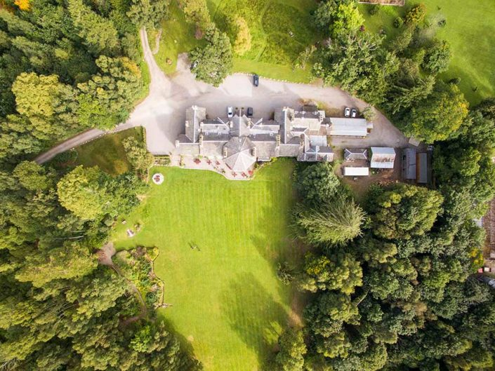 An Ariel image of the Coul House Hotel and its acres of gardens.