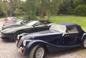 Coul Classic Cars, a selection of stunning old classic cars in the car park at the hotel.