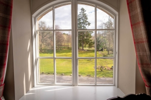 Coul House Hotel is part of 'Best Scottish Tours' , based in Contin 25 minutes North of Inverness, Scottish Highlands. A room with a view.